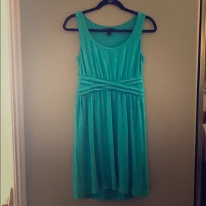 Casual yet classy teal colored mid-length dress